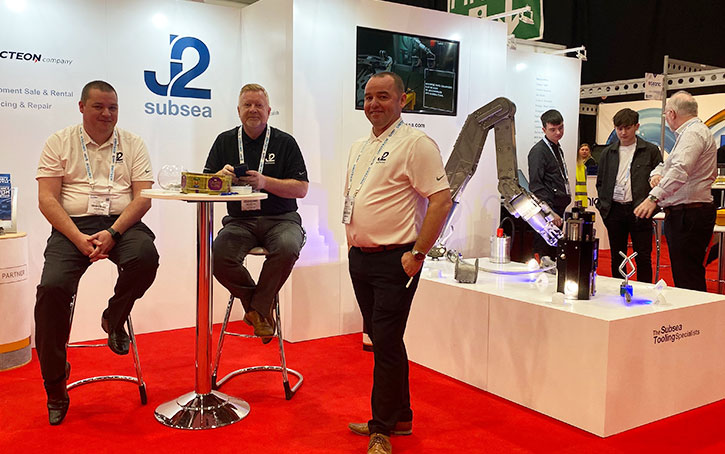 J2 exhibition stand